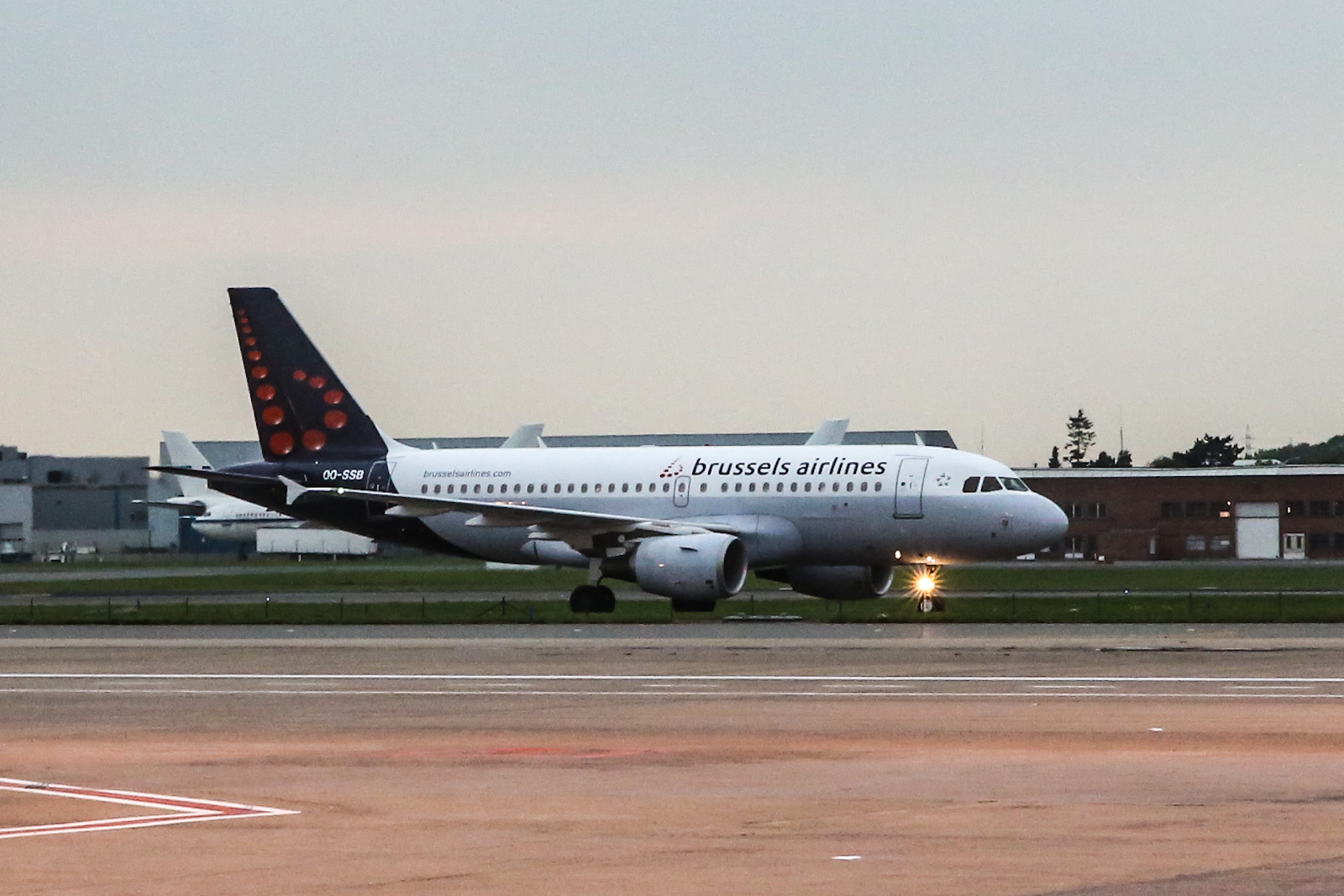 Airbus A319 авиакомпании Brussels Airlines