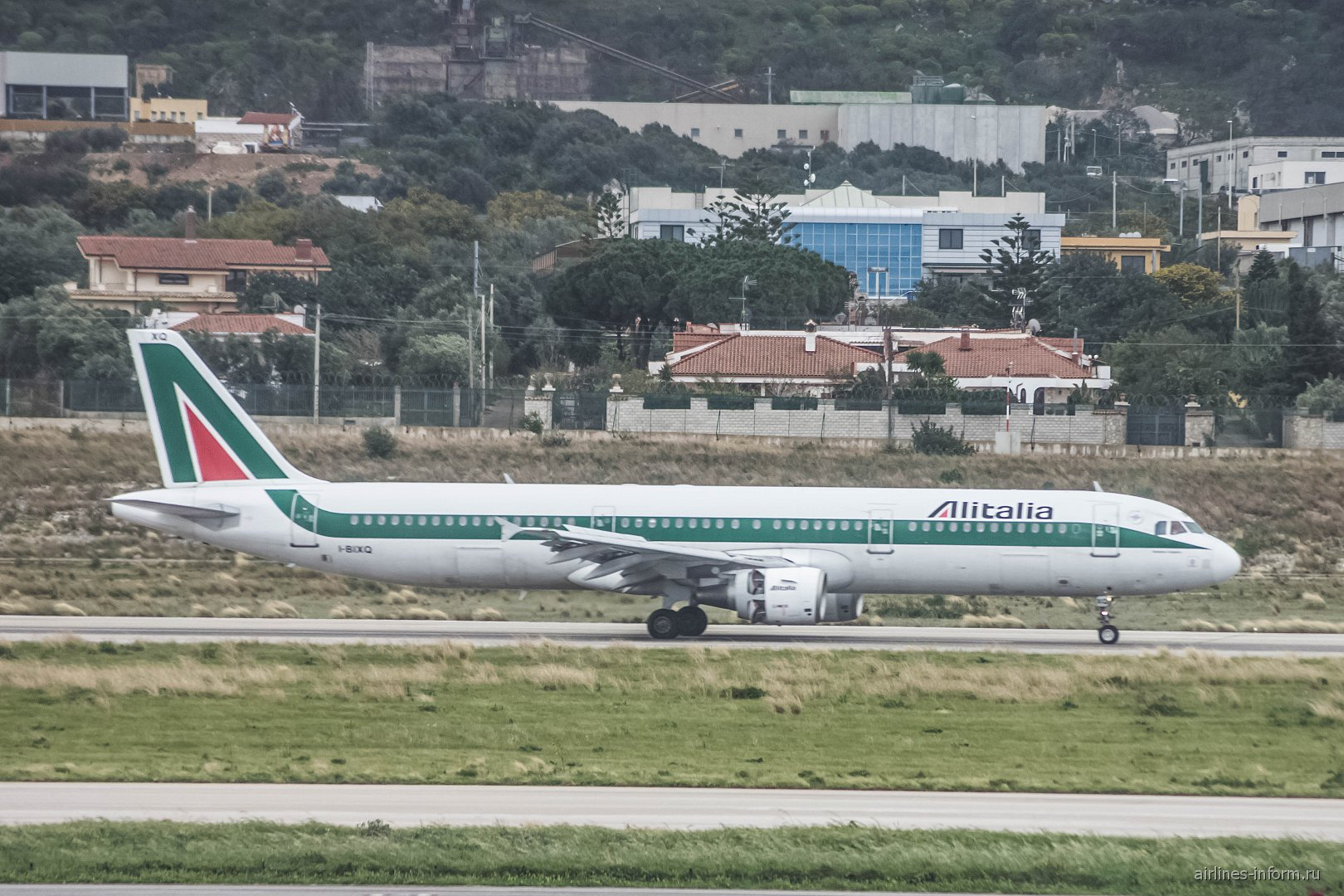 Airbus A321 I-BIXQ ������������ Alitalia � ��������� �������