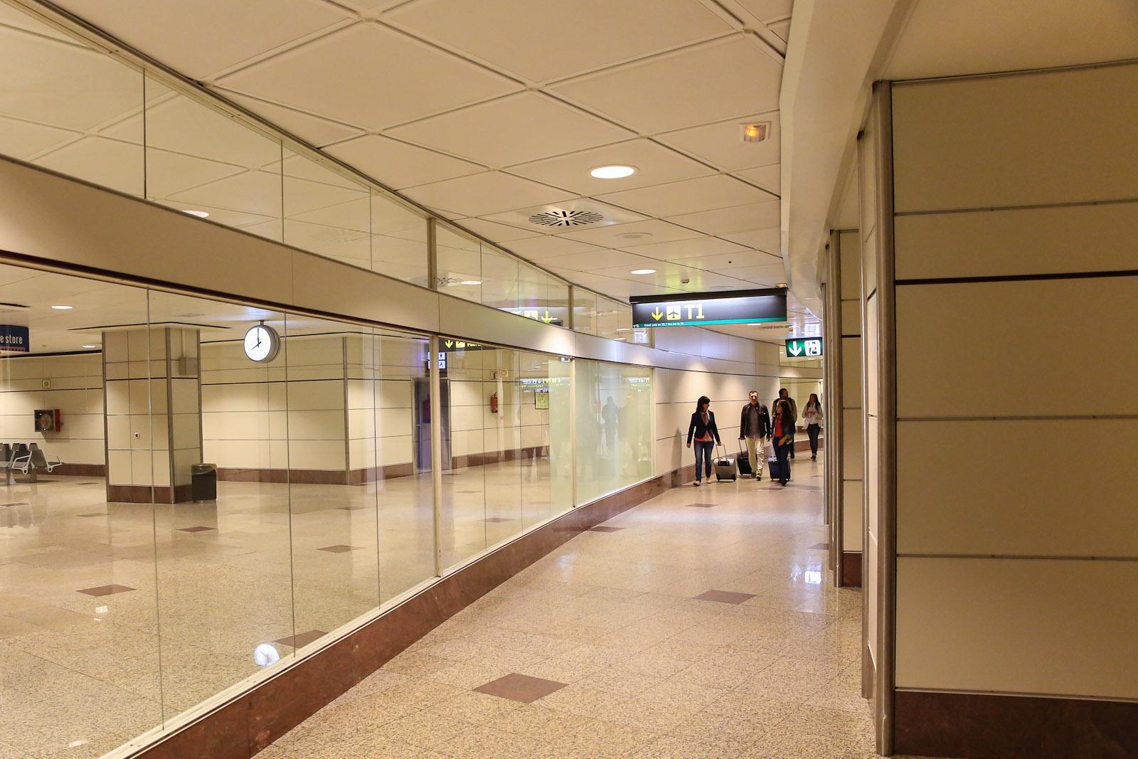 В аэропорту Барахас в Мадриде