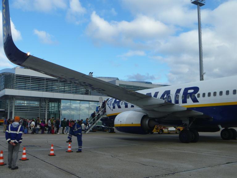 Путешествие по Европе. Часть 7. Братислава-Мадрид (Т1) на B738 Ryanair.