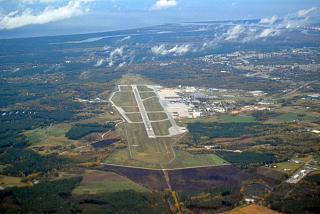 Вид сверху на аэропорт Рига сразу после взлета