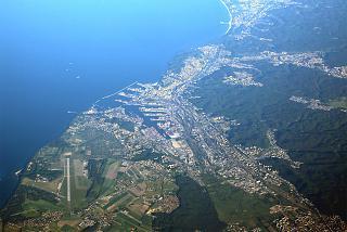 Вид из самолета на польский город Гдыня