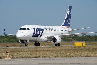 Embraer 170 SP-LDE LOT Polish Airlines at the airport of Kharkov