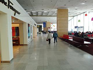 In a clean area of terminal 2C of the airport Paris Charles de Gaulle