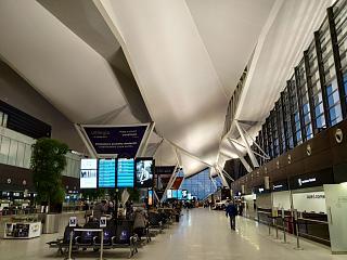 Общий зал в пассажирском терминале аэропорта Гданьск