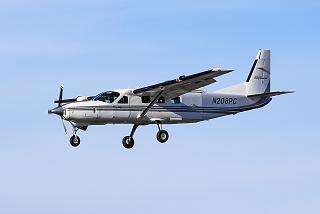 Cessna Caravan reg. N208PC before landing at Salzburg airport