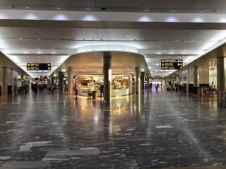 В чистой зоне аэропорта Осло Гардермуэн