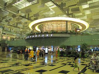 Зона вылета терминала Т3 аэропорта Чанги в Сингапуре