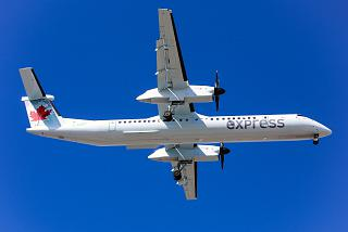 Bombardier Dash 8 Q400 C-GJZY авиакомпании Jazz Air