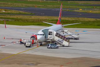 Боинг-737-800 авиакомпании Corendon Airlines в аэропорту Дюссельдорфа