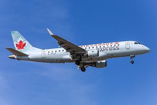 Embraer 175LR C-FXJF airlines Sky Regional Airlines