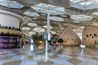 In the clean zone of terminal 1 of the airport of Baku
