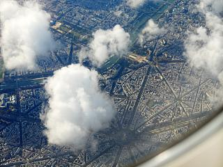 Flying over the centre of Paris