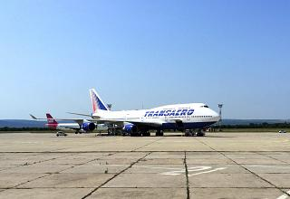 "Boeing-747-400 airline ""Transaero"" at the airport Varna"