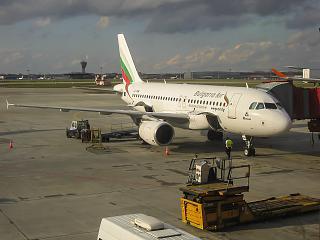Airbus A319 авиакомпании Bulgaria Air в аэропорту Шереметьево