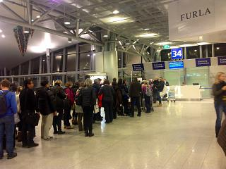 Выход на посадку в Терминале 2 аэропорта Хельсинки Вантаа