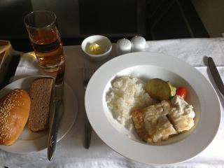 Горячее питание в бизнес-классе на рейсе Аэрофлота Хабаровск-Москва