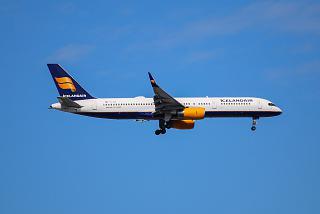 Boeing-757-200 Icelandair Icelandair