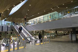 An intermediate floor between two floors of the arrivals and departures at the new terminal of airport Saint Petersburg Pulkovo