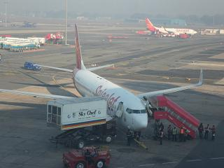 Boeing-737-800 airline SpiceJet at Delhi airport
