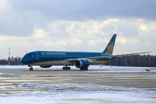 Boeing-787-9 Vietnam airlines made its first flight to Domodedovo airport