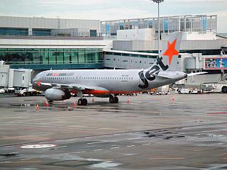 Airbus A320 JetStar at the airport Singapore Changi