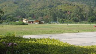 Control tower and fire station at the airport of Praslin