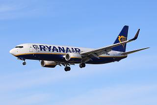 Boeing-737-800 reg. EI-FLY of the airline Ryanair in the sky