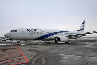 Boeing-737-900 airline El Al at the airport Domodedovo