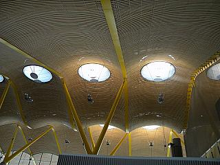 The ceiling in the clean zone of terminal 4 of Madrid-Barajas airport