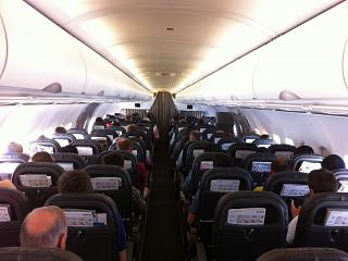 The cabin of the Airbus A321 SWISS