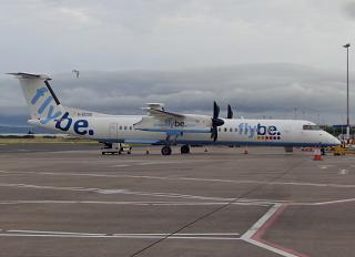 The Bombardier Dash 8Q-400 G-ECOD in the old livery of the airline Flybe