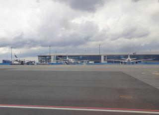 New boarding gallery of terminal 2 at Helsinki Vantaa airport