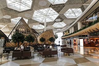 Shops and cafes in the clean zone of terminal 1 of the airport of Baku