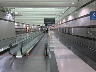 The transition to metro airport Chicago O'hare
