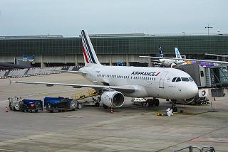 Airbus A319 F-GRHB Air France at Paris Charles-de-Gaulle