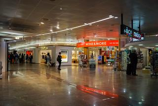 Stores in a clean area of the airport Vienna Schwechat