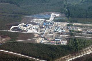 Oil drilling in Western Siberia