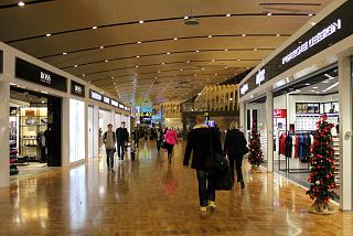 Shopping gallery in terminal 2 at Helsinki Vantaa airport