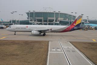 Airbus A321 авиакомпании Asiana аэропорту Сеул Инчхон