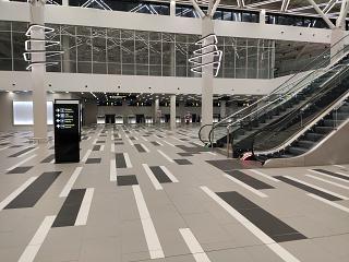 Зал регистрации в новом пассажирском терминале аэропорта Запорожье