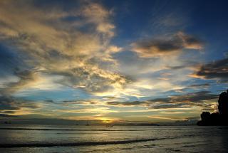 Закат в тайской провинции Краби