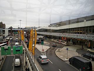 Привокзальная площадь в аэропорту Франкфурт
