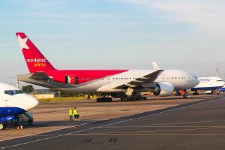 Боинг-777-200 авиакомпании Nordwind в аэропорту Домодедово