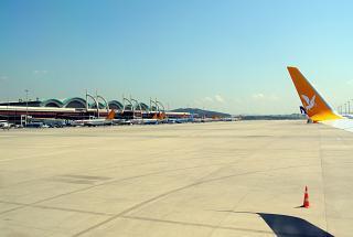Перрон аэропорта Стамбул Сабиха Гокчен