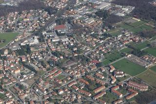 Residential areas after takeoff from the airport of Milan Malpensa