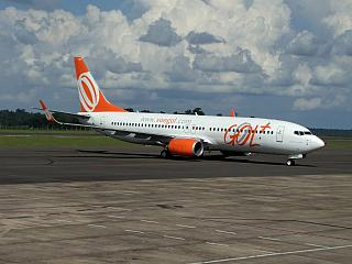 Boeing-737-800 GOL airport Foz do igua