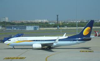 Боинг-737-800 авиакомпании Jet Airways в аэропорту Дели