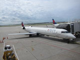 The Bombardier CRJ900 airlines, Pinnacle Airlines