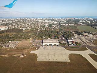 Вид сверху при взлете на аэропорт Одесса